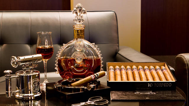 Wine Down Bar Cigars